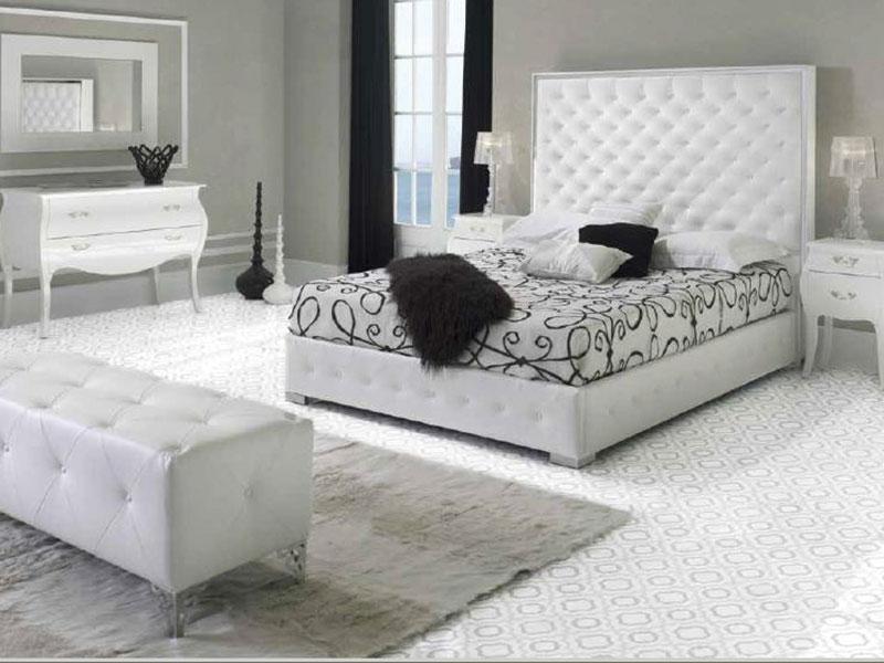 Camas de matrimonio. Tienda de muebles. Muebles Gazapo